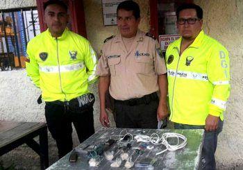 Droga y armas corto punzantes en cárcel de Azogues